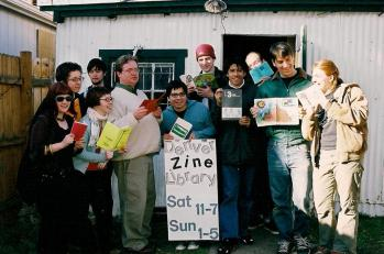 2004-3-6 4000 zines 2