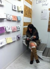 Reading zines!
